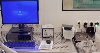 Spectroscopic reflectometer Ocean Optics NanoCalc 2000